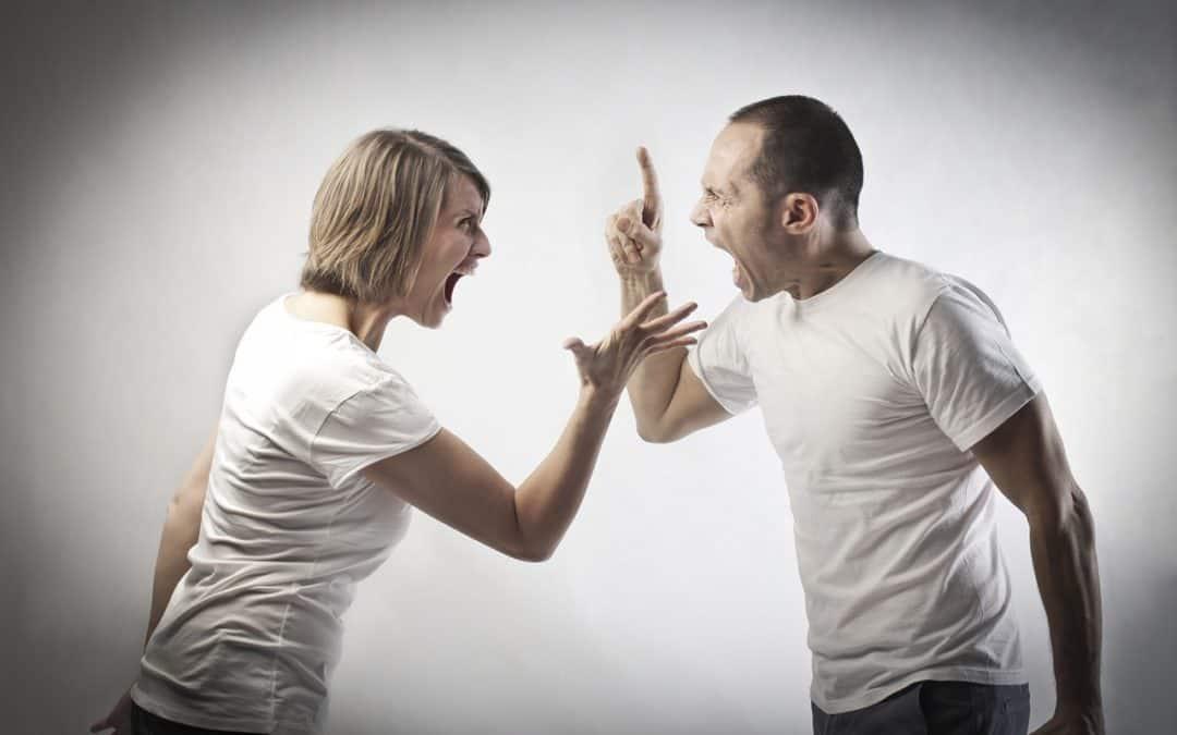 Vztahová poradna: O všem se hádáme, máme problém o čemkoliv mluvit v klidu